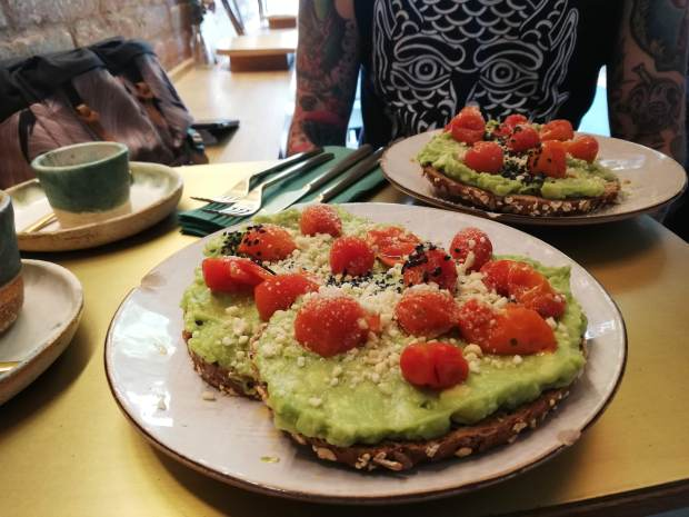 avocado_toast_greenandberry_barcelona