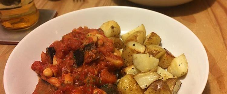 Vegan tomato cannellini bean casserole
