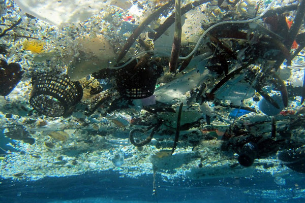 great-pacific-garbage-patch-plastic-chaos